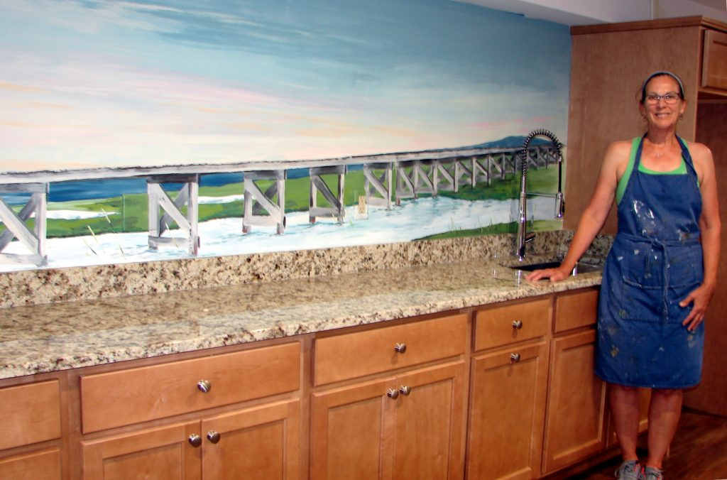 mary with mural