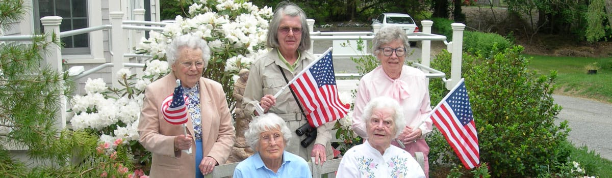 Decatur House residents enjoying time outside.